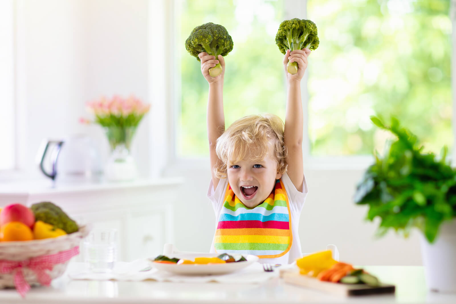 bigstock Baby Eating Vegetables Solid 289063522